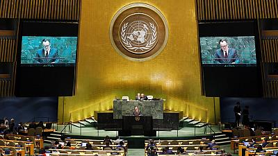 Zimbabwe votes UN resolution