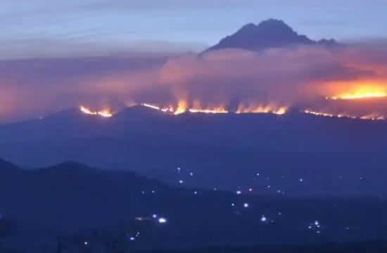 Tanzania battles Mount Kilimanjaro blaze