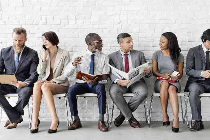 South Africa's job crises spikes,locals seek opportunities overseas,Africa business news