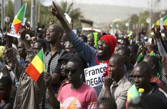 Protesters in Mali demand that French troops leave,others urge for stronger Russian help,mali protest
