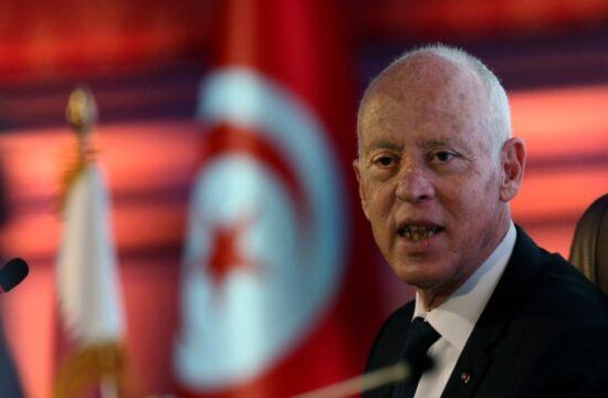 qatar discusses with tunisia president