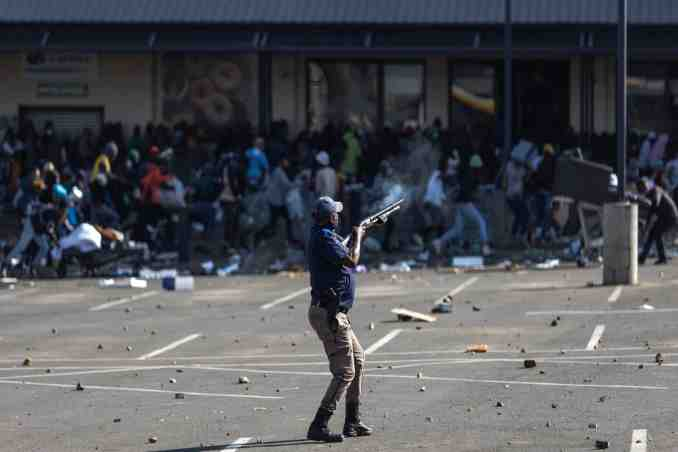 Zuma protests in South Africa Across the country,violent discontent rages,zuma protest