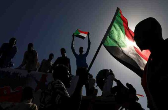 Protesters in Sudan,demand that the government quit,IMF-backed reforms