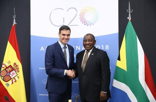 angola and spain have strengthened their political and economic connections